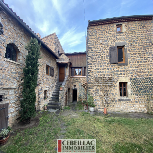 Offres de vente Maison La Roche-Blanche 63670